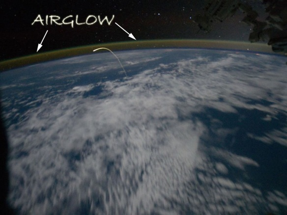 Station-Crew-Views-Shuttle-Landing-airglow