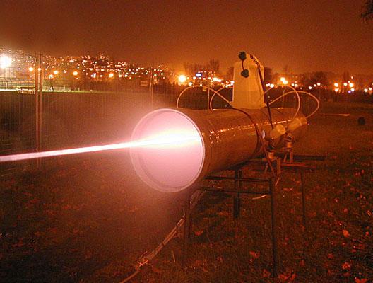 Teramobile - Terawatt Laser Beam Shot in the Clouds Provokes Lightning Strike